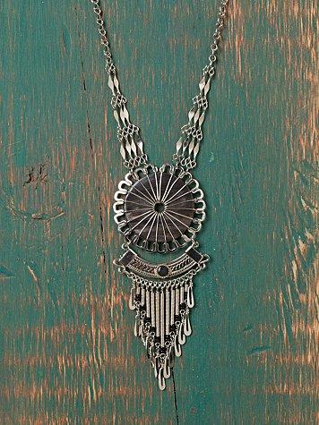 Nephi Fringe Necklace.