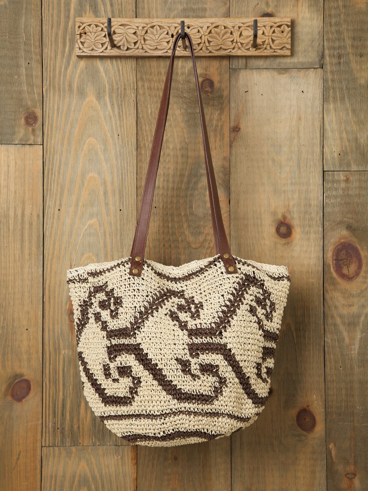 Arrow Straw Beach Tote.