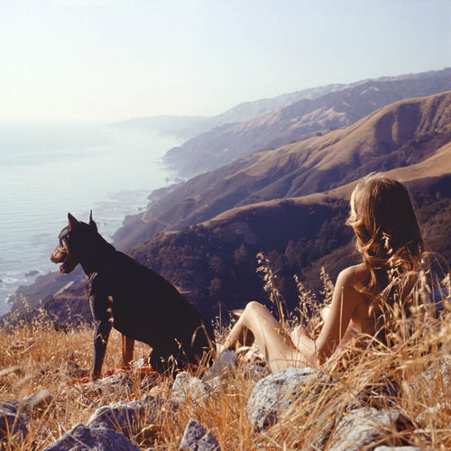 Image credit: Hunter S. Thompson. Sandy & Agar, Big Sur c.1960s. Courtesy M+B Art