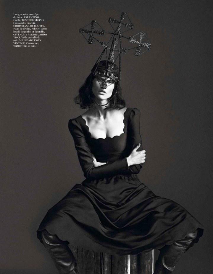 Vogue, Paris.